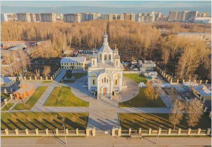 Храм - вид с Невы